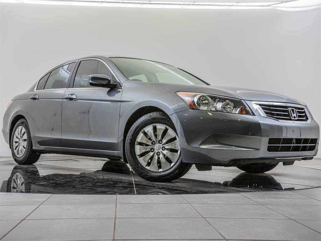 Pre-Owned 2008 Honda Accord Sdn LX, Local 1-Owner